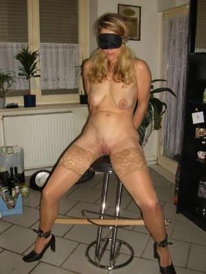 Couple cherche expérience en BDSM