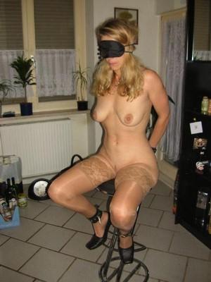 Femme veut être punie !
