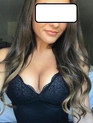 Jeune débutante cherche ici une initiation au bondage et au spanking