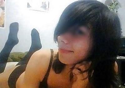 Trav merdeuse expérience sexe extreme chiotte humaine