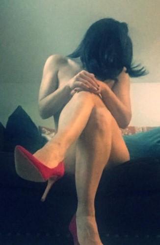 Pour fétichistes et des pieds et des jambes féminines