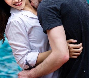 Adorable couple SM cherche domis motivés en IDF